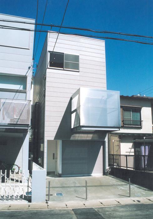 3階に中庭のある住宅